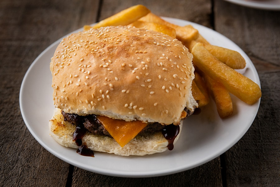 kids cheeseburger and chips mudgeeraba seafoods